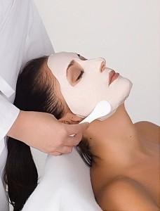 Klassische Gesichtsbehandlungen - Skinline Cosmetics - Kosmetikstudio Offenbach am Main